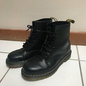 Doc Martens black 1460 smooth boots original